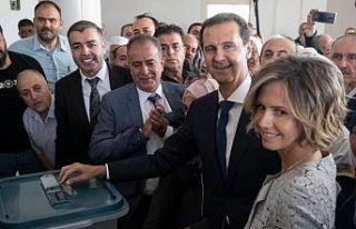 Suriye'de seçimleri yüzde 95.1 ile Beşar Esad...