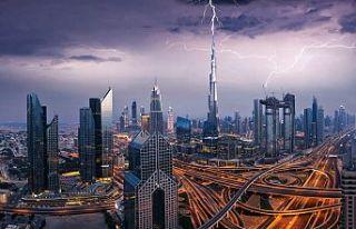 Dubai'de yapay yağmur üretildi, drone ile sağanak...