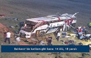 Balıkesir'de katliam gibi kaza: 14 ölü, 18...