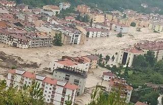 AFAD: Kastamonu'da sel sularına kapılan 4 kişi...