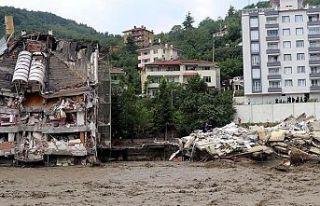 Sel felaketinde son durum: Can kaybı 74'e yükseldi