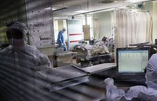 Covid-19 salgını: 194 ölüm, 27 bin 351 yeni vaka