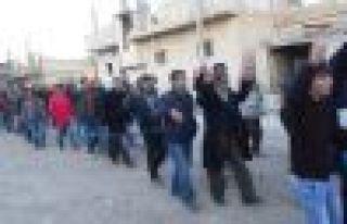 2 bin 390 genç Kobani'ye döndü