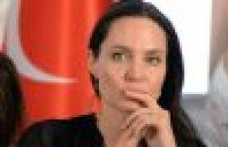 Angeline Jolie: Savaşa son verin