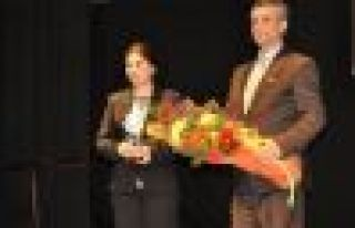 Barış ödülü Asya Abdullah ve Cem Terzi'ye