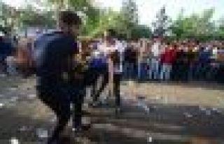 DTK: Amed'deki saldırıda 4 ölü 416 yaralı