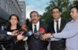 HDP: Hükümet üzerine düşen sorumluluğu yerine...