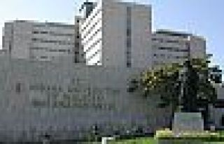 İbni Sina Hastanesi'nde bir haftada 12 sağlıkçı...