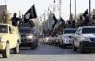 IŞİD, Türkiye'ye yakın bazı noktaları ele geçirdi