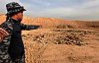 IŞİD vahşeti: Irak'ta 1000 kişinin toplu mezarı...