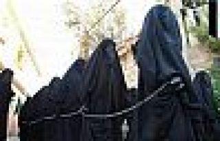 IŞİD'in köle pazarından kurtarılan Hadiya: Oğlum...
