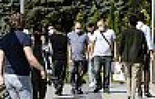 İstanbul, Ankara ve Bursa'da açık alanlarda maske...