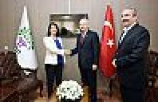 Kemal Kılıçdaroğlu HDP Genel Merkezi'nde