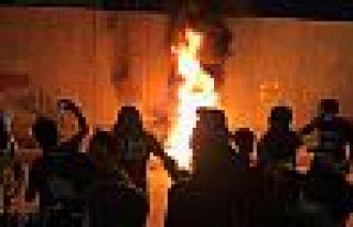 Kerbela'da İran öfkesi: Güvenlik güçleri üç...