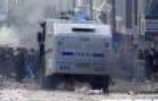Kobani eylemlerinde 25 kişi öldü