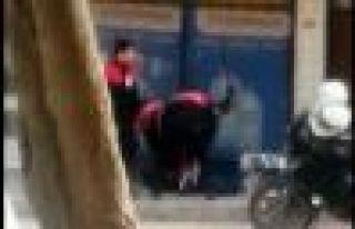 Lise öğrencisine polis şiddeti