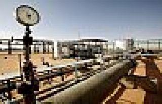 Reuters: Libya'nın petrol üretimi fiilen durdu
