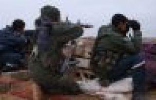 Rojava'da Karakozak Köprüsü YPG'nin kontrolüne...