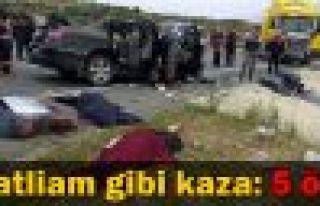 Sakarya'da feci kaza: 5 ölü, 1 yaralı