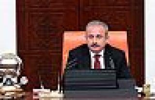 Şentop: 120 vekil Meclis'i toplantıya çağırabilirdi