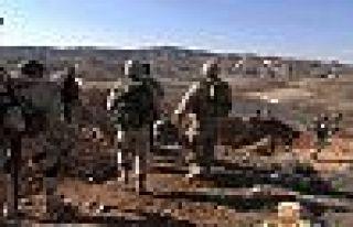 Suriye ordusu, Palmira-Deyrezzor operasyonunu başlattı