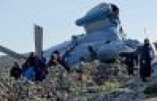 Suriye Ordusu'na ait bir helikopter düştü