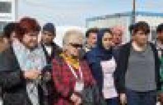 Syriza Parlementeri: Kürt kadınları dünyada sembol