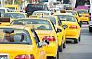 Taksiler sağlıkçıları ücretsiz taşıyacak