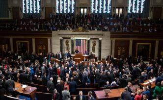 ABD Temsilciler Meclisi'nde Trump'a yönelik azil maddesi onaylandı