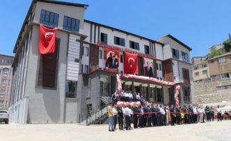 Şemdinli Öğretmen Evi binasının açılışı yapıldı