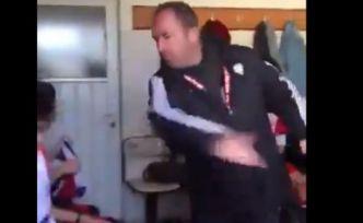 Antrenör genç futbolcuları dövdü, sosyal medyada tepki yağdı