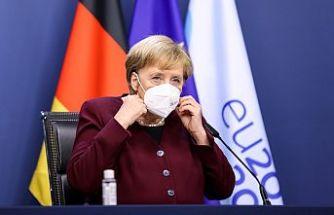 Merkel'den salgın uyarısı: Aile dışı teması azaltın