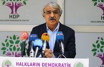 Mithat Sancar: HDP'yi kapatmak yerine kilitlemek yolunu devam ettirebilirler