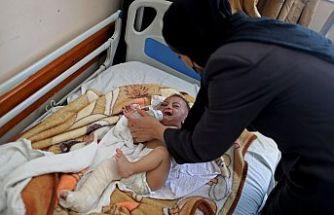 Dünya Gazze'de enkazdan kurtulan beş aylık 'mucize bebek' Ömer'i konuşuyor
