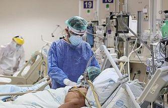 Covid-19 salgınında son 24 saat: 6 bin 261 yeni hasta 69 vefat