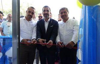Şemdinli'de Birlik İletişim Adlı İşyeri Açıldı