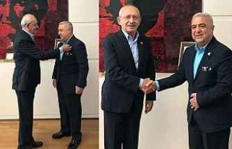 Eski AK Parti milletvekili Rüstem Zeydan CHP'ye katıldı