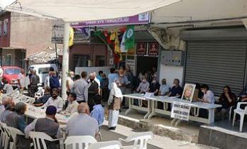 CHP'den ziyaret: Deniz Poyraz cinayetini aydınlatmak CHP'nin namus borcudur