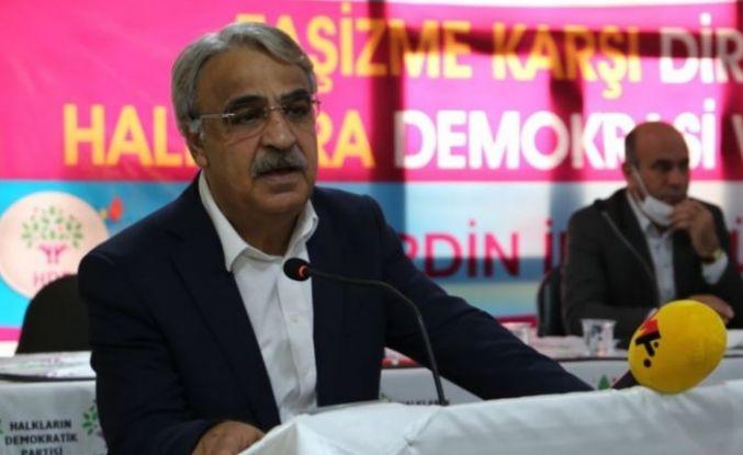 Mithat Sancar: Kürt sorununu şiddetle çözmeye niyetlenen çözülür