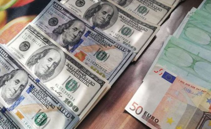 Dolar ve euro ayın son işlem gününe nasıl başladı?