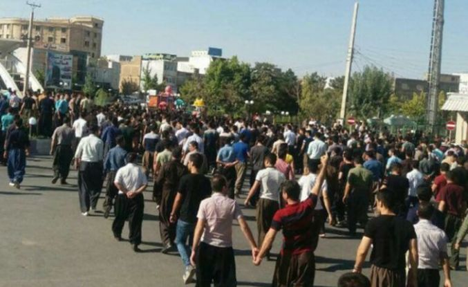 İran'da Kürtlere operasyon: En az 66 kişiden haber alınamıyor