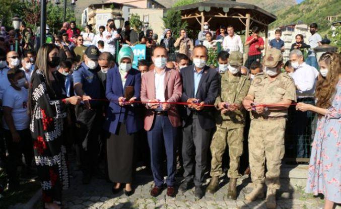 Şemdinli'de 'Hayat Boyu Öğrenme' sergisi açıldı