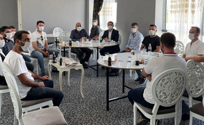 Diyarbakır'da toplantı: Aşı olmayanlar düğüne davet edilmesin